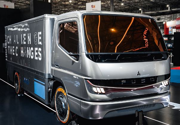 Fuso_fuel_cell_concept